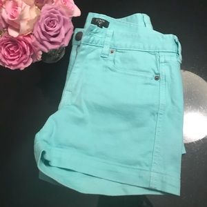 JCrew pistachio cotton stretch shorts size 0